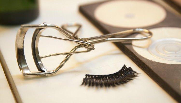 Rekomendasi Penjepit Bulu Mata Terbaik Untuk Keindahan Mata