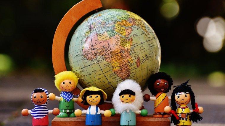 Gampang! Ini 5 Cara Membuat Mainan Edukasi Anak
