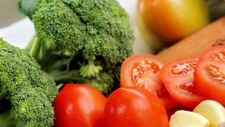 5 Minuman dan Makanan Sehat Untuk Penderita Jantung Koroner
