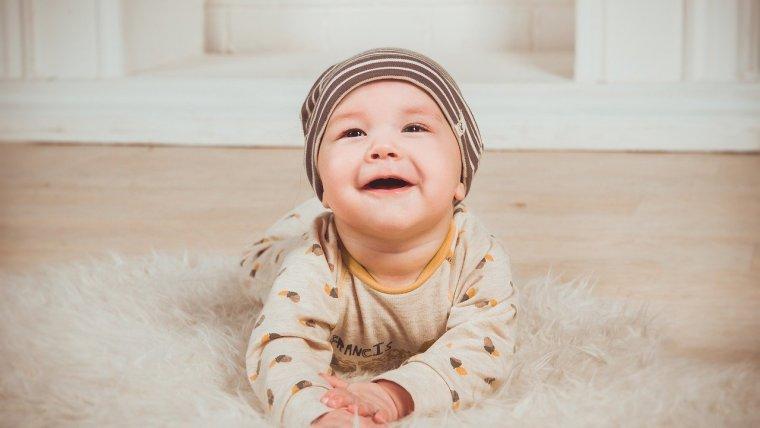Rekomendasi Nama Bayi Laki Laki Arab Terindah untuk Putra Moms