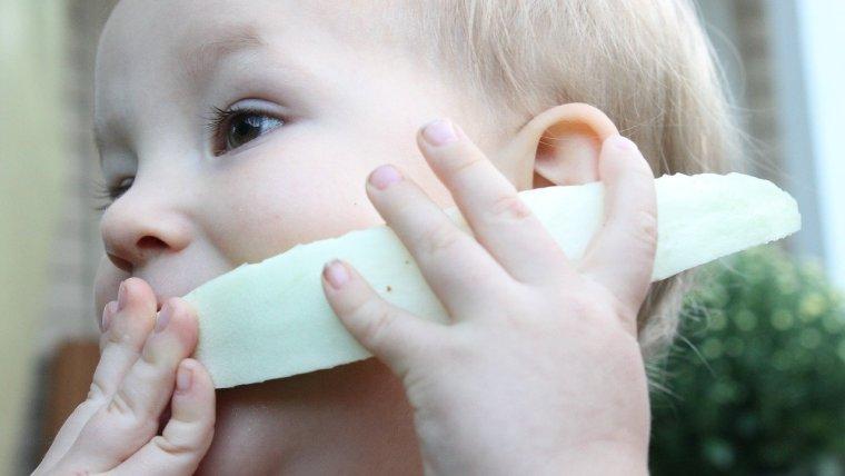 Sebelum Bikin Menu MPASI Dini 5 Bulan, Moms Perlu Tahu Hal-Hal Ini