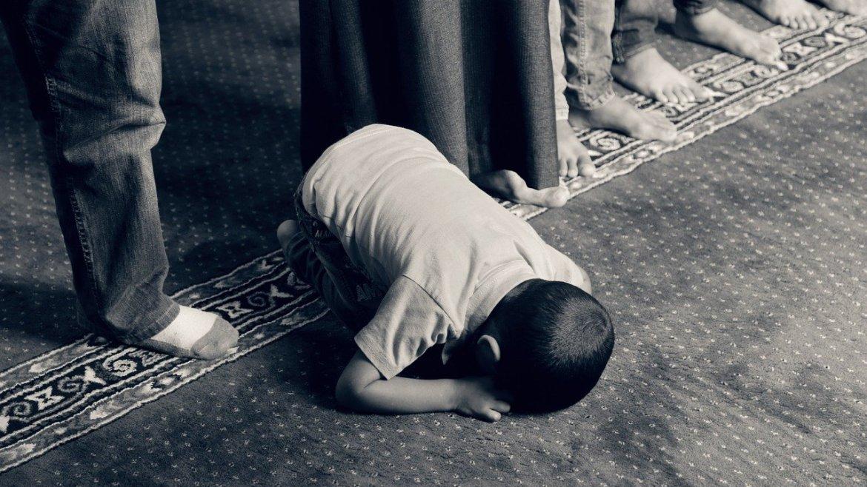 3 Tips Cara Mendidik Anak Secara Islami, Nomer 3 Wajib Dilakukan!