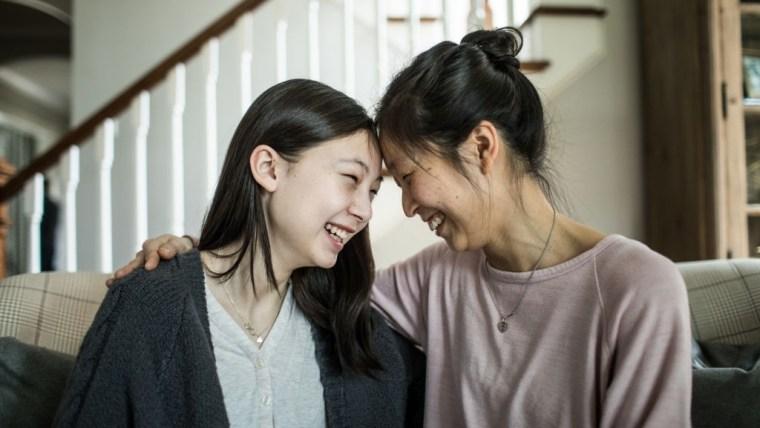 3 Cara Mendidik Anak Perempuan Usia Remaja, Nomor 2 Paling Sulit!