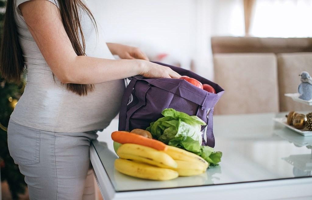 Ini Makanan yang Baik untuk Ibu Hamil Trimester Pertama