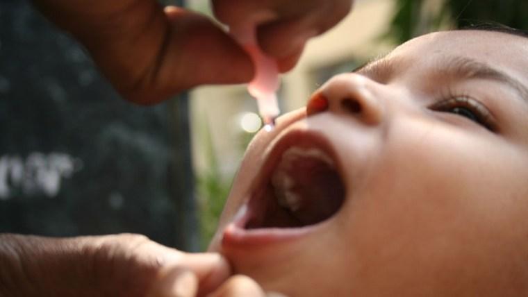 Ini yang Moms Perlu Ketahui Tentang Imunisasi Vaksin Polio Bagi Buah Hati