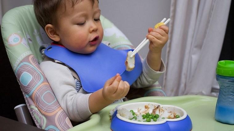 Moms, Daftar Menu MPASI Bayi 8 Bulan Bagus untuk Pertumbuhan Buah Hati