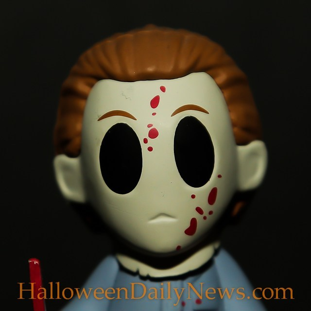 Michael Myers Horror Classics Mystery Mini figure by Funko  (photo by Matt Artz for HalloweenDailyNews.com)_0009