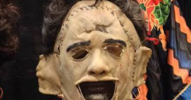 leatherface-mask-by-trick-or-treat-studios-coming-in-2017