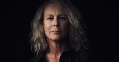 Jamie Lee Curtis - set self portrait as Laurie Strode