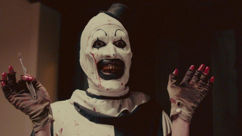 Art the Clown Returns in New 'Terrifier' Red Band Trailer | Halloween Daily News