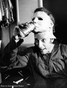 Nick Castle on the set of 'Halloween'. (Photo by Kim Gottlieb-Walker)