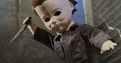 michael-myers-living-dead-doll-by-mezco-03