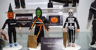 'Halloween II' and 'III' Figures Coming from Neca
