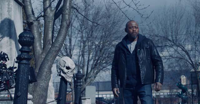 Omar Epps is Detective Mike Denver in the Halloween horror film 'Trick'.