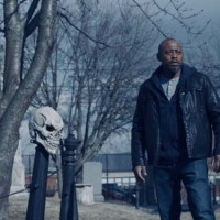 Omar Epps is Detective Mike Denver in the Halloween horror film 'Trick'.