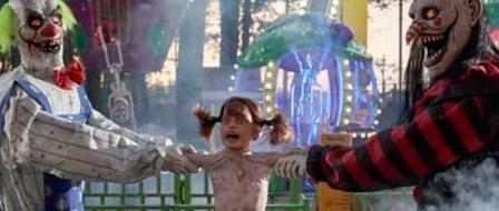 New Animatronic Clowns Play Tug-of-War with a Kid at Spirit Halloween
