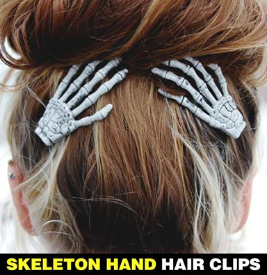 Skeleton Hand Hair Clip
