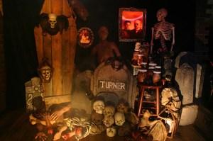 2013-halloween-decoration-ideas1