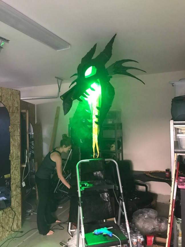 Animated Outdoor Dragon Halloween Prop Lighted With Fire Breathing Smoke