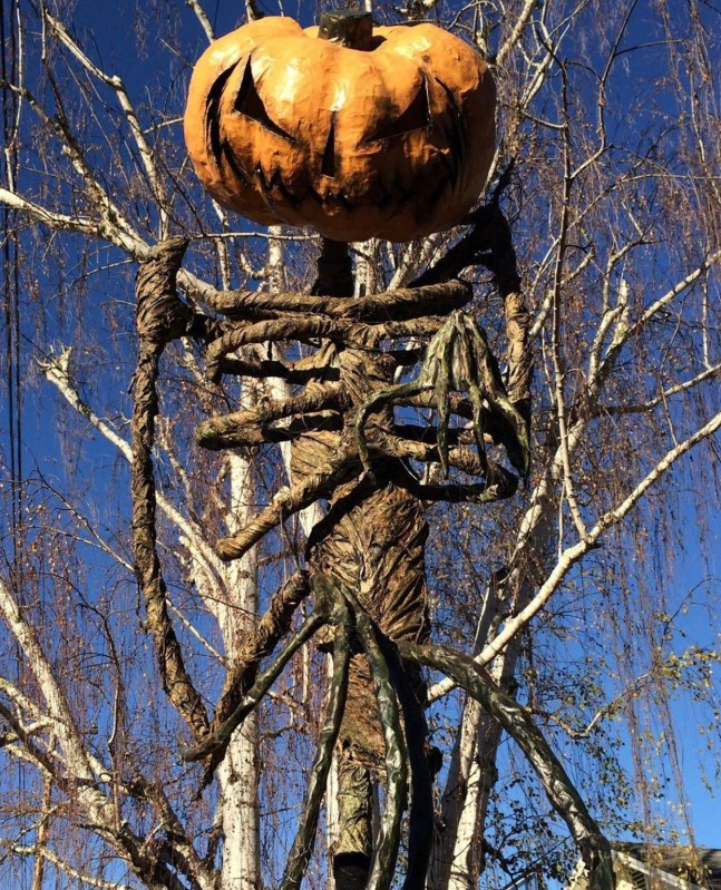 Evil Vines Cemetery Outdoor Yard Haunt Creepy Pumpkin Man