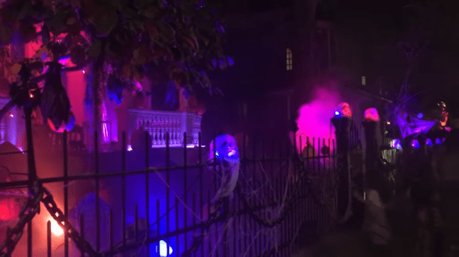 Ghost Manor Halloween Decorated House Show Night Show