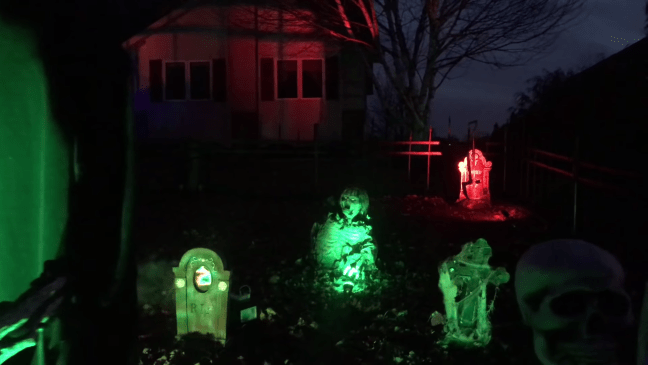 Halloween Graveyard Decoration with Animatronics Lighted Headstones