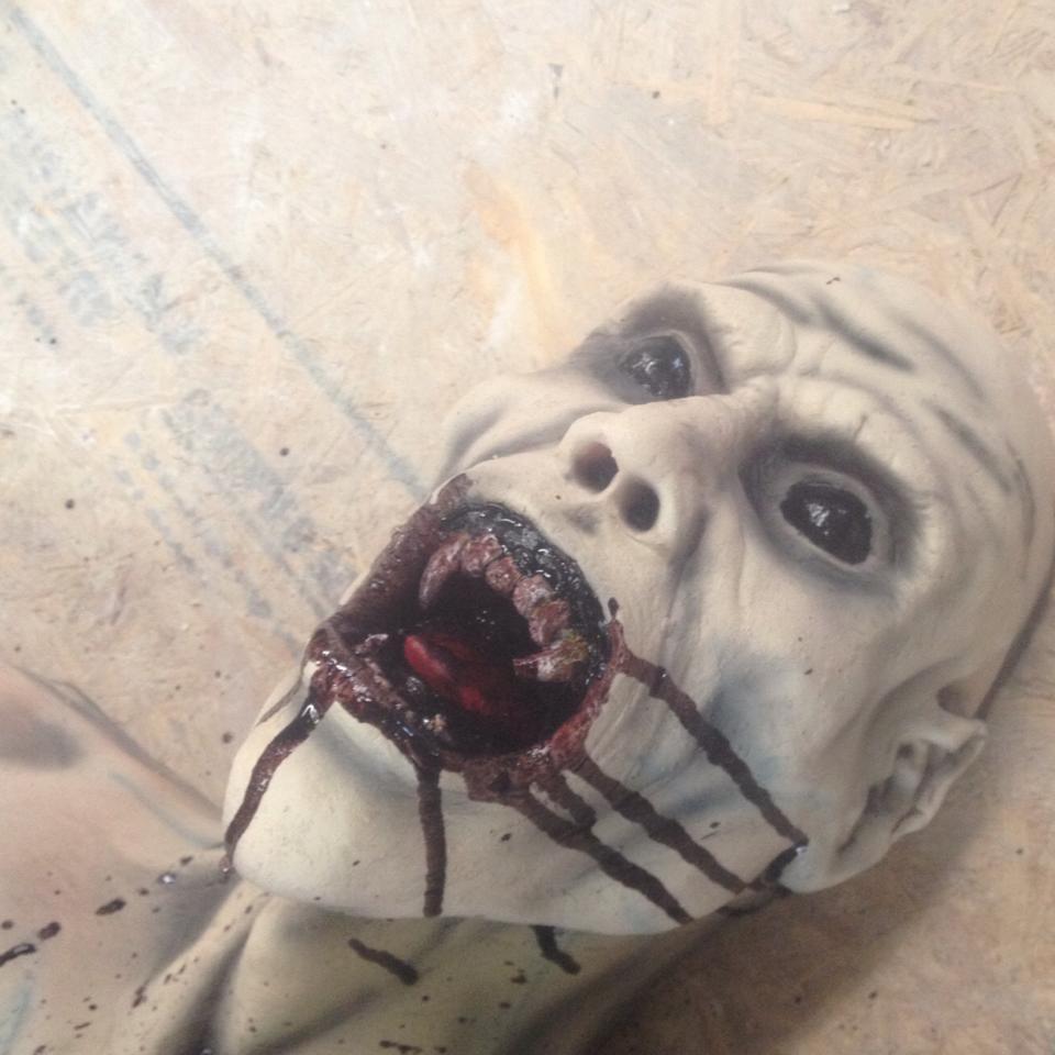 Screamation Studios Zombie Head Prop