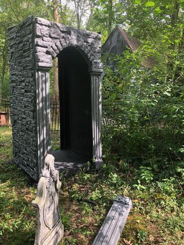 NightScream Studios Graveyard Scenic