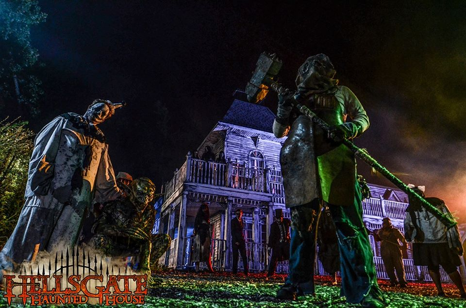 HellsGate Haunted House Front of House