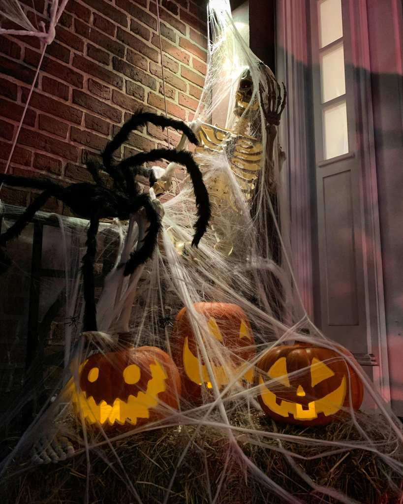 Morbid Monstrosities Trick Or Treat Decoration