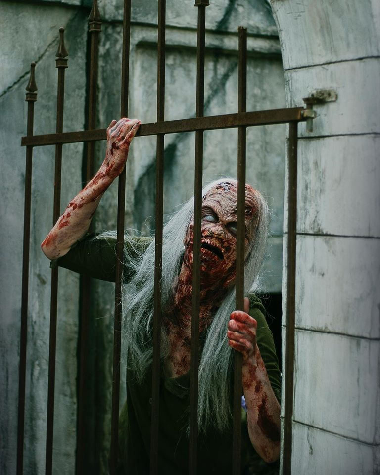 13th Gate Haunted House Creature Locked Up