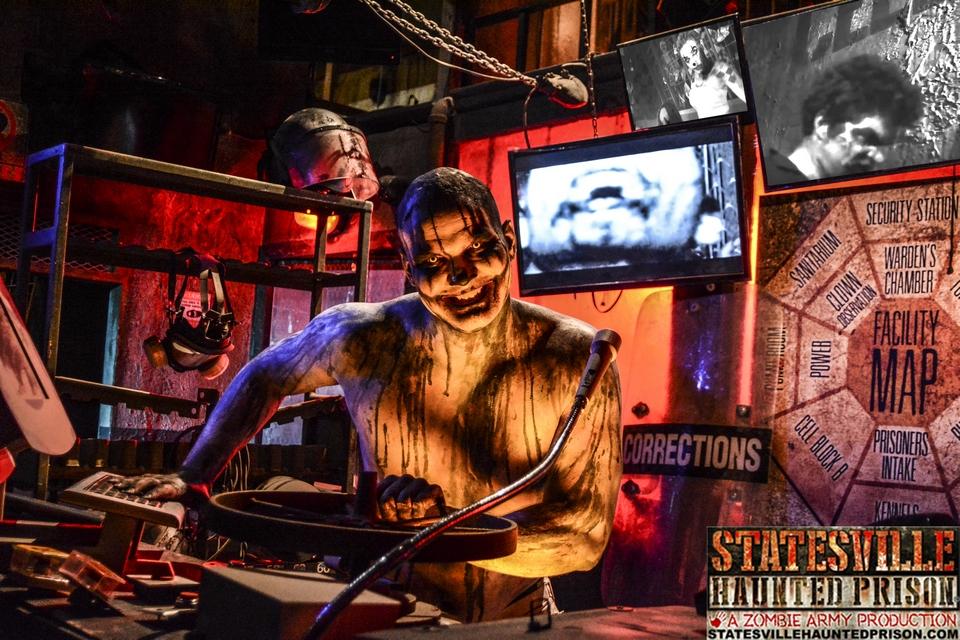 Statesville Haunted Prison Actor