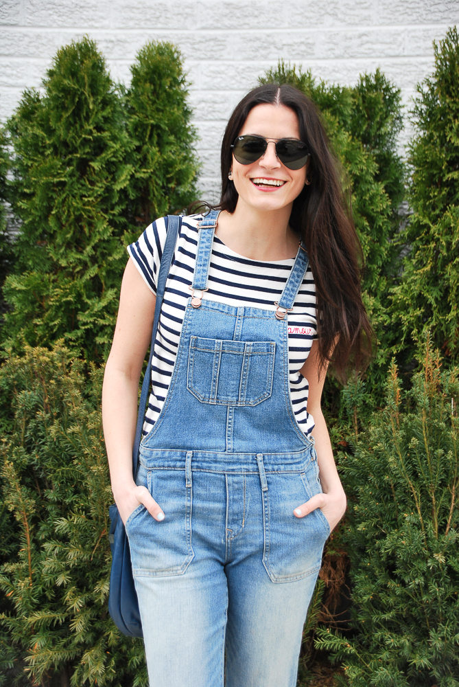 blue and white striped tee