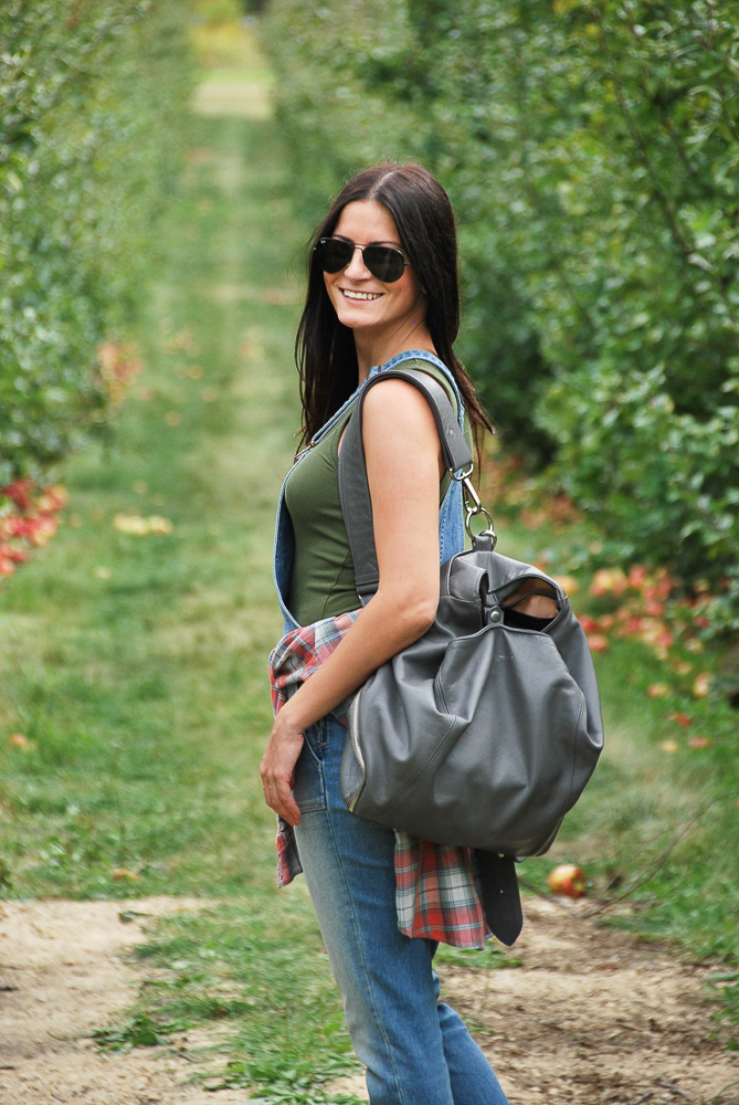 holly and tanager backpack