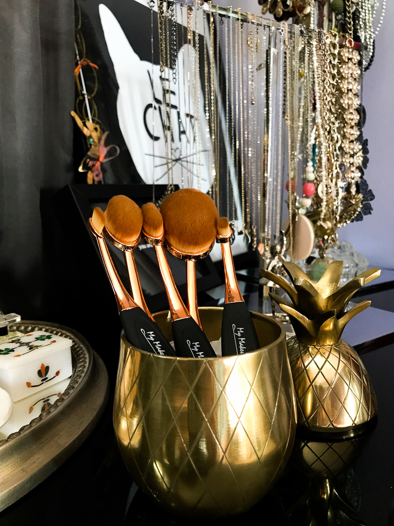 My Makeup Brush Set Oval Black and Gold