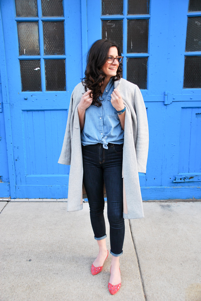 cropped jeans with coral flats