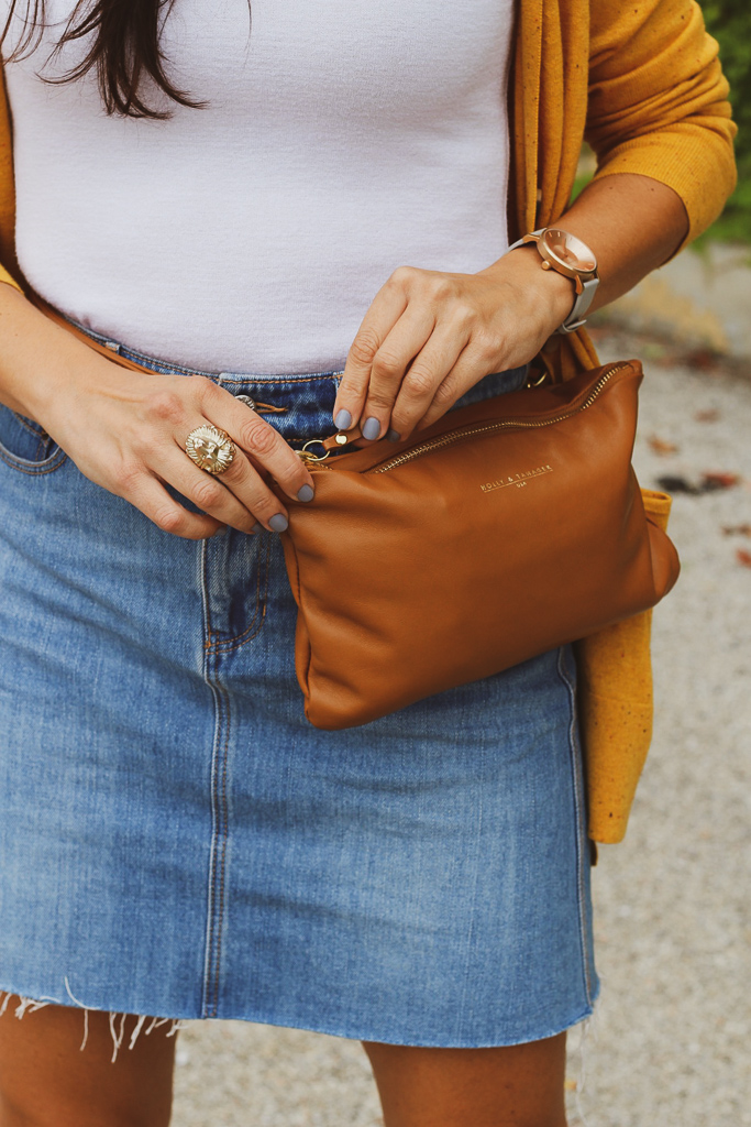 holly and tanager camel belt bag