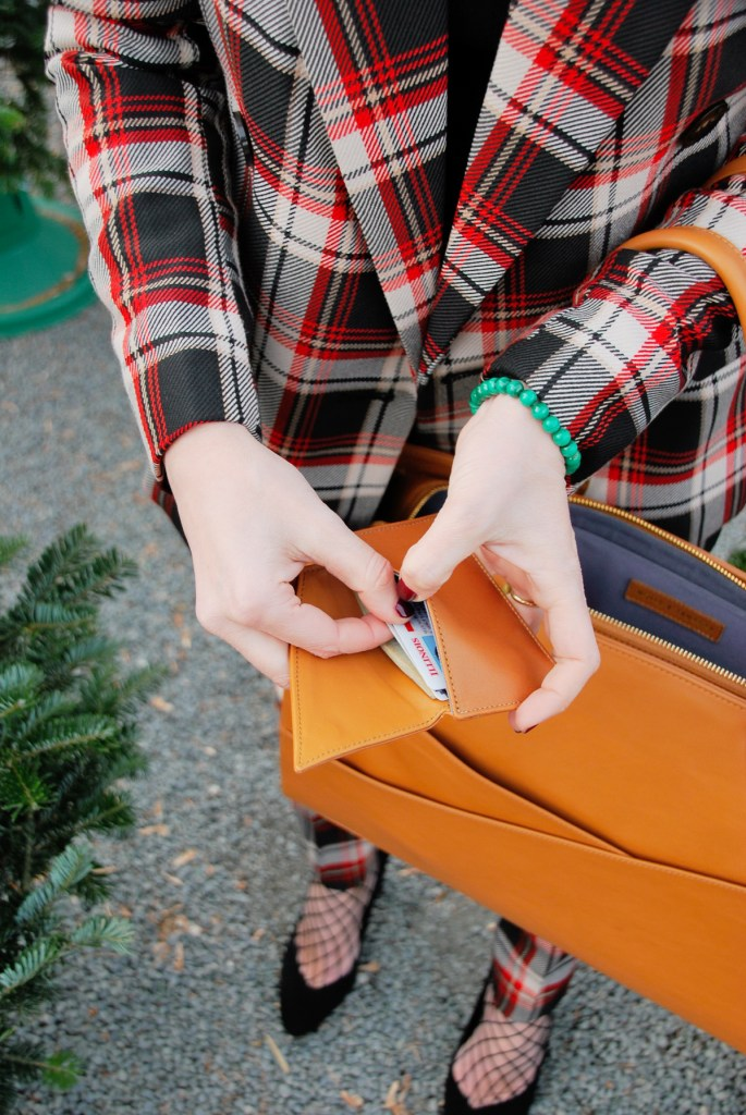 Holly and Tanager Insider Wallet