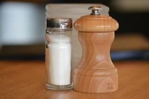 salt-shaker-484958_640