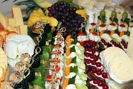 buffet-743683__180