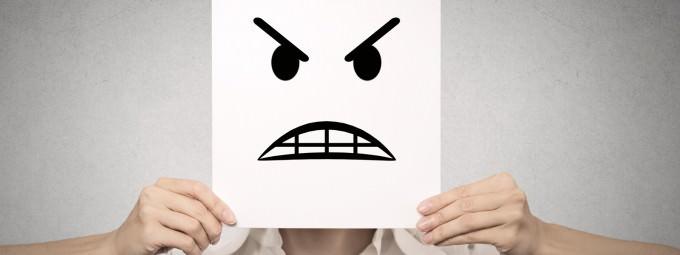 Tips Customer Service: 4 Cara Mengatasi Keluhan Pelanggan dengan Baik