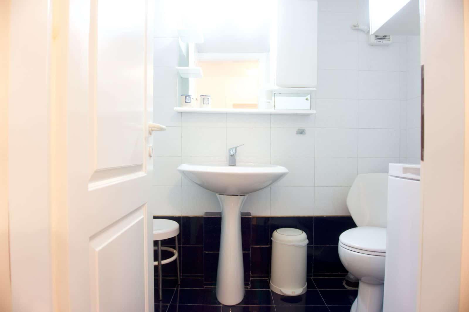 Diamond Bathroom 2
