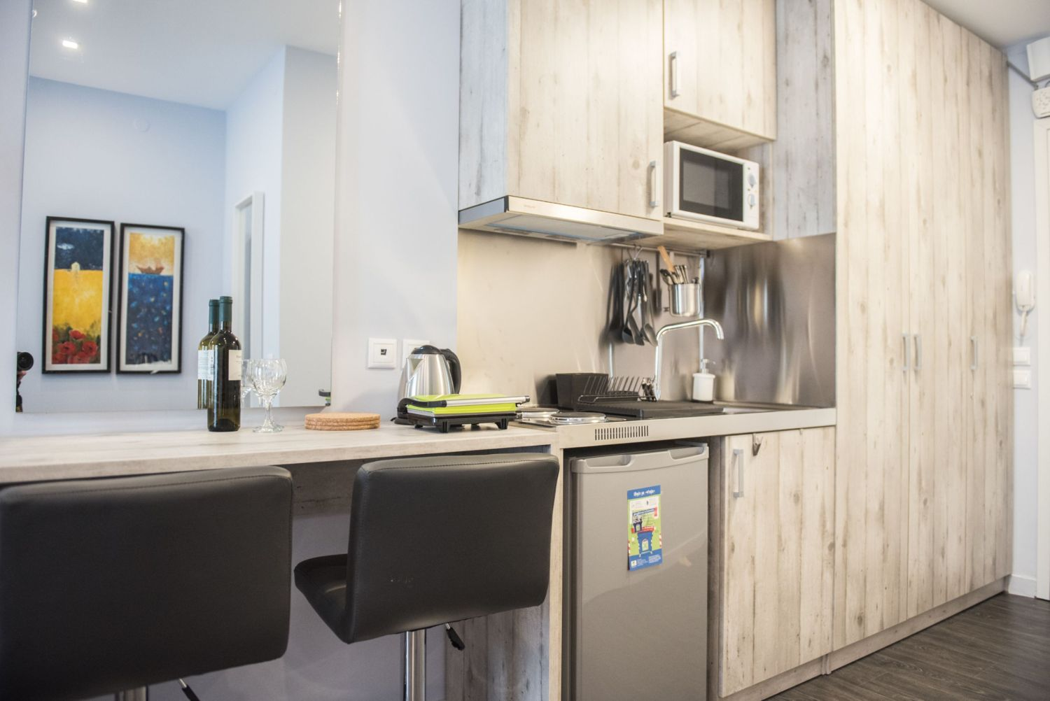 Kitchenette and Dining area/desk