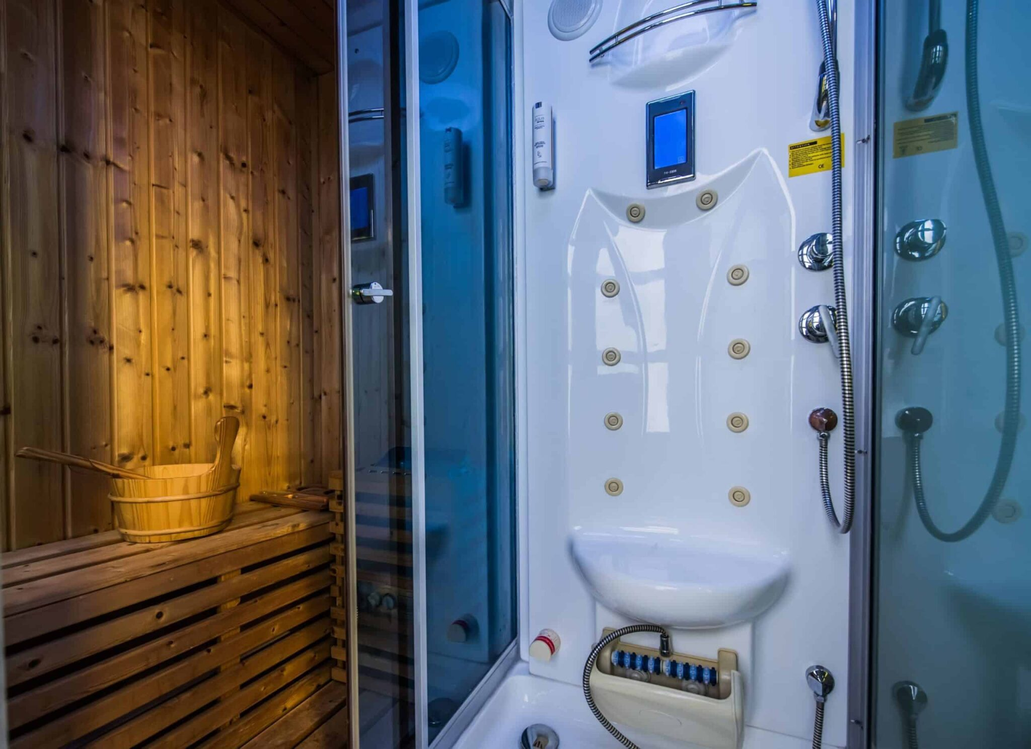 #Grande Bathroom with Sauna, Shower and WC
