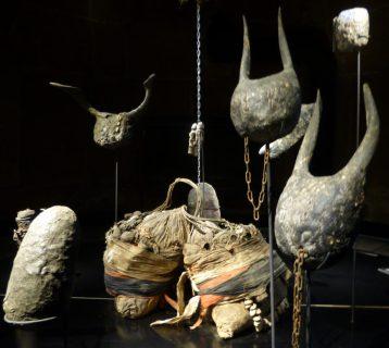 Objets_du_culte_Tron-Musée_Vodou