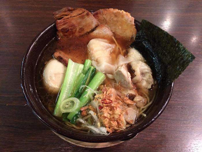 麺屋空海横浜ランドマークプラザ店