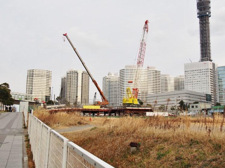 京急本社ビルの工事現場