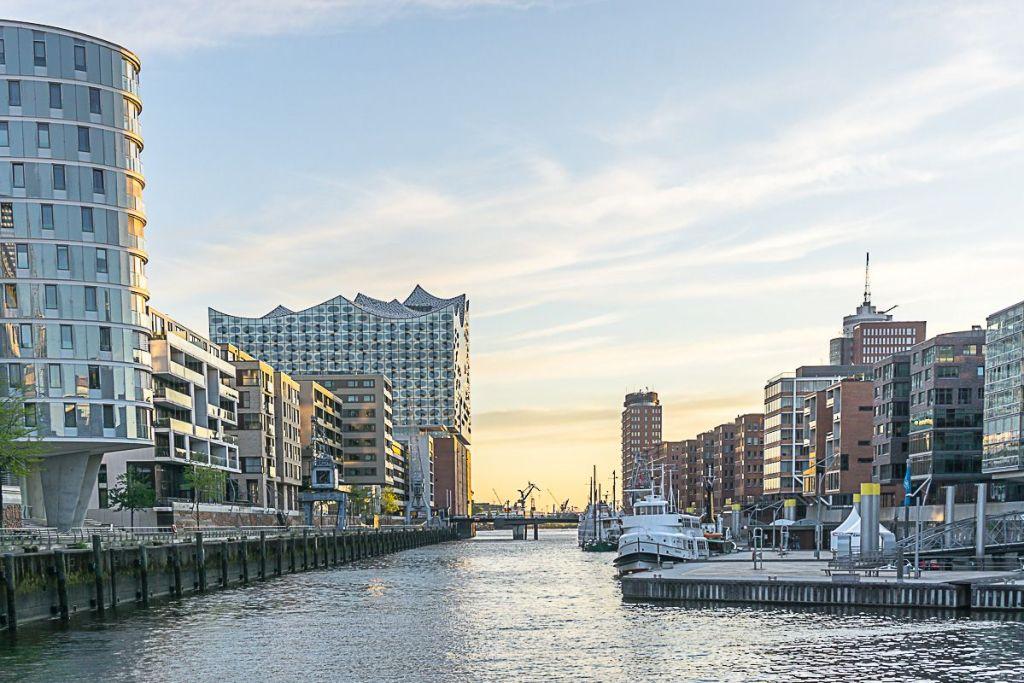 Germany - Hamburg - HafenCity - Elphi - Sunset