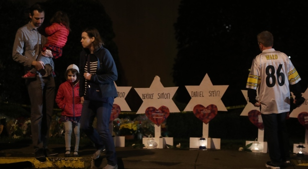Faith Leaders and Influencers Release Statements on Tragic Pittsburgh Synagogue Shooting