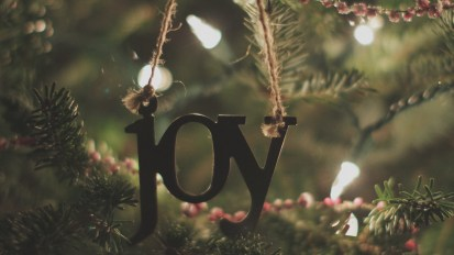 The American Pastors Network in Lancaster Online: In 1870, Congress made Christmas Day a federal holiday. But some still question its constitutionality